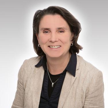 Frau Doreen Gröger