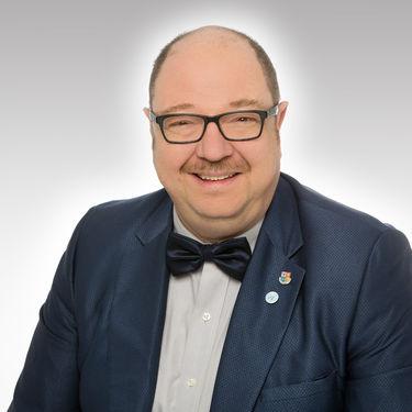 Mr Axel Hübner