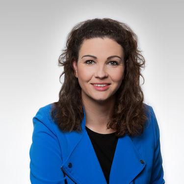 Pani Nadine Zeffler-Kockott